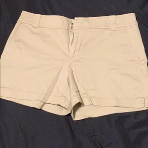 New York and company khaki shorts